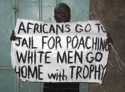 Poaching = trophy hunting
